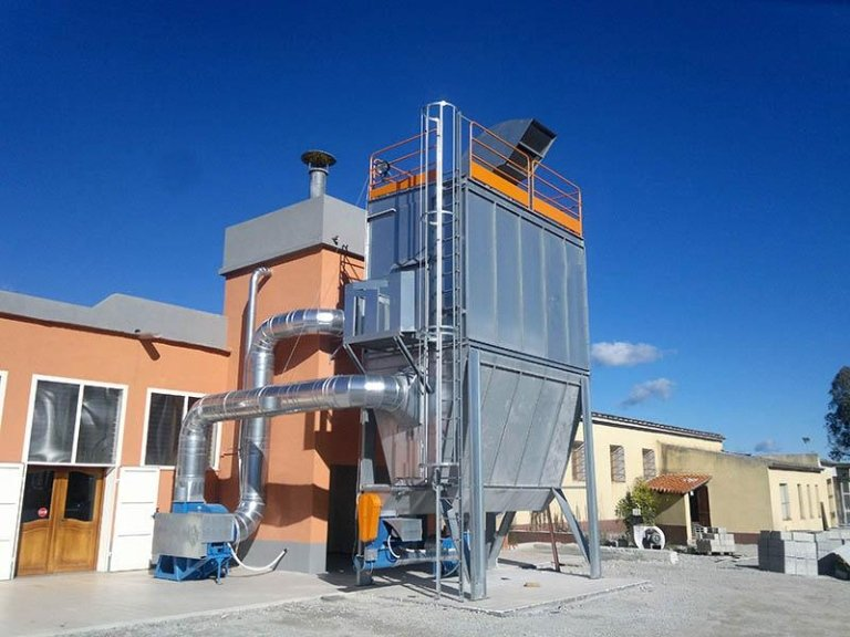Bag filter substation with screw conveyor unloading
