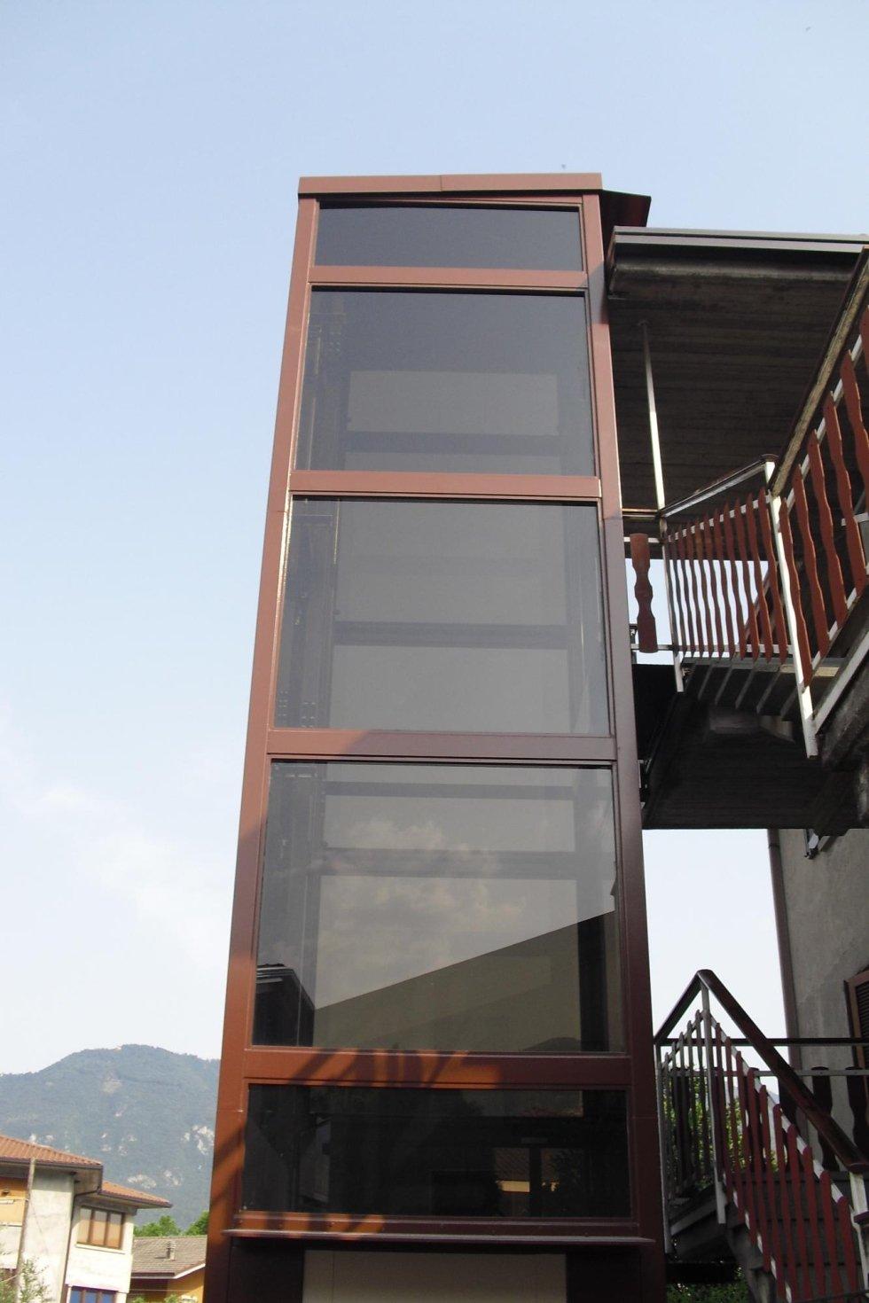 Elevatore automatico