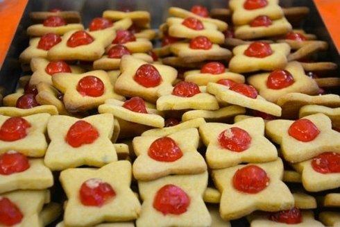 biscotti con cigliegina