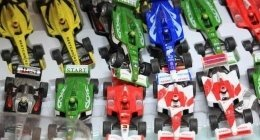 modellini giocattolo, macchinine giocattolo, negozio di giocattoli