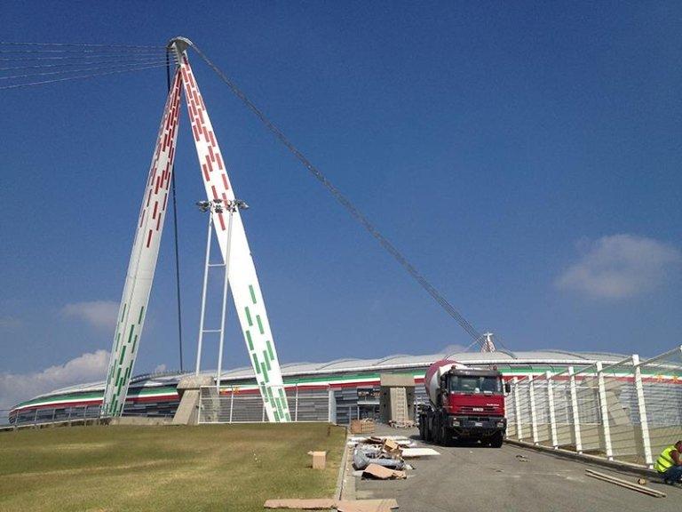 costruzione Juventus Stadium