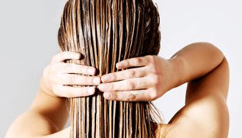capelli bagnati, parrucchiere, crema capelli, trattamento capelli