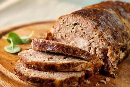 rotolo di carne affettato