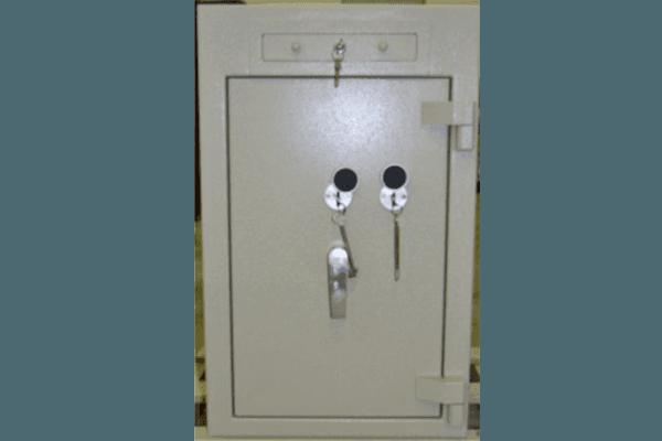 armadio a serratura blindata
