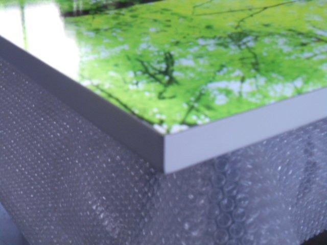 quadro luminoso su foglio di pluriball