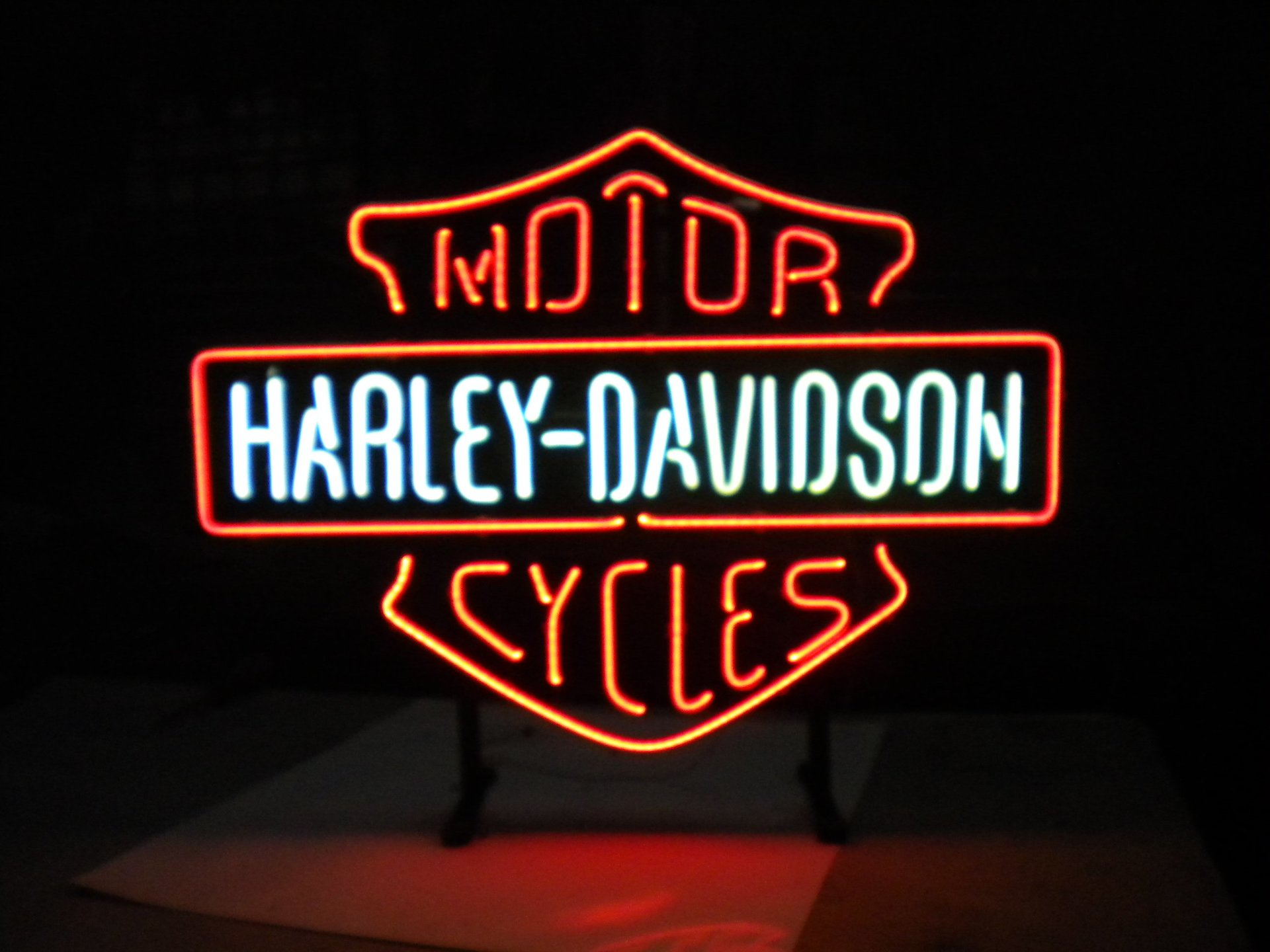 cartello luminoso logo harley davidson