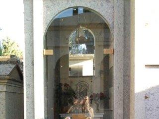 vetreria mariano cappella cimiteriale
