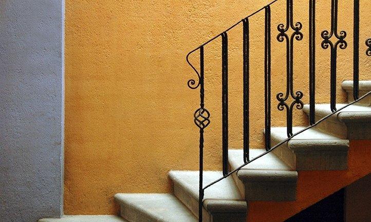 lavorazione ferro per scale da interni