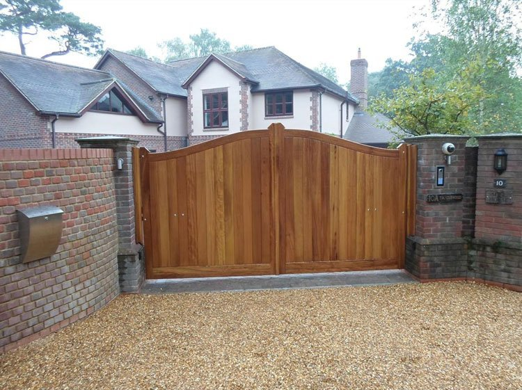 Double timber entrance gates
