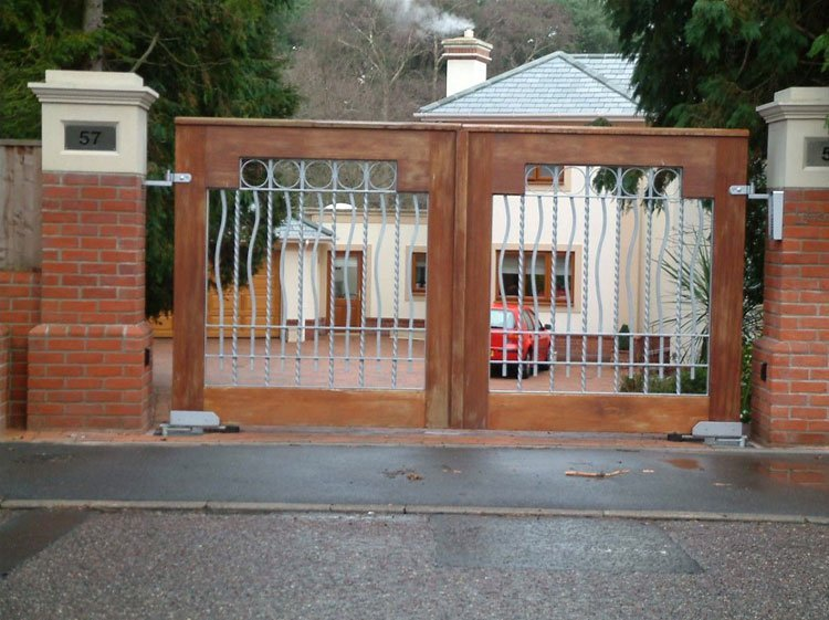 Wood and mental entrance gates