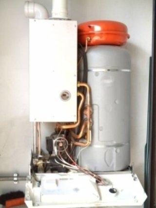 Installazione caldaie baxi ferroli sylber vaillant junkers beretta ariston immergas - Manutenzione scaldabagno ...