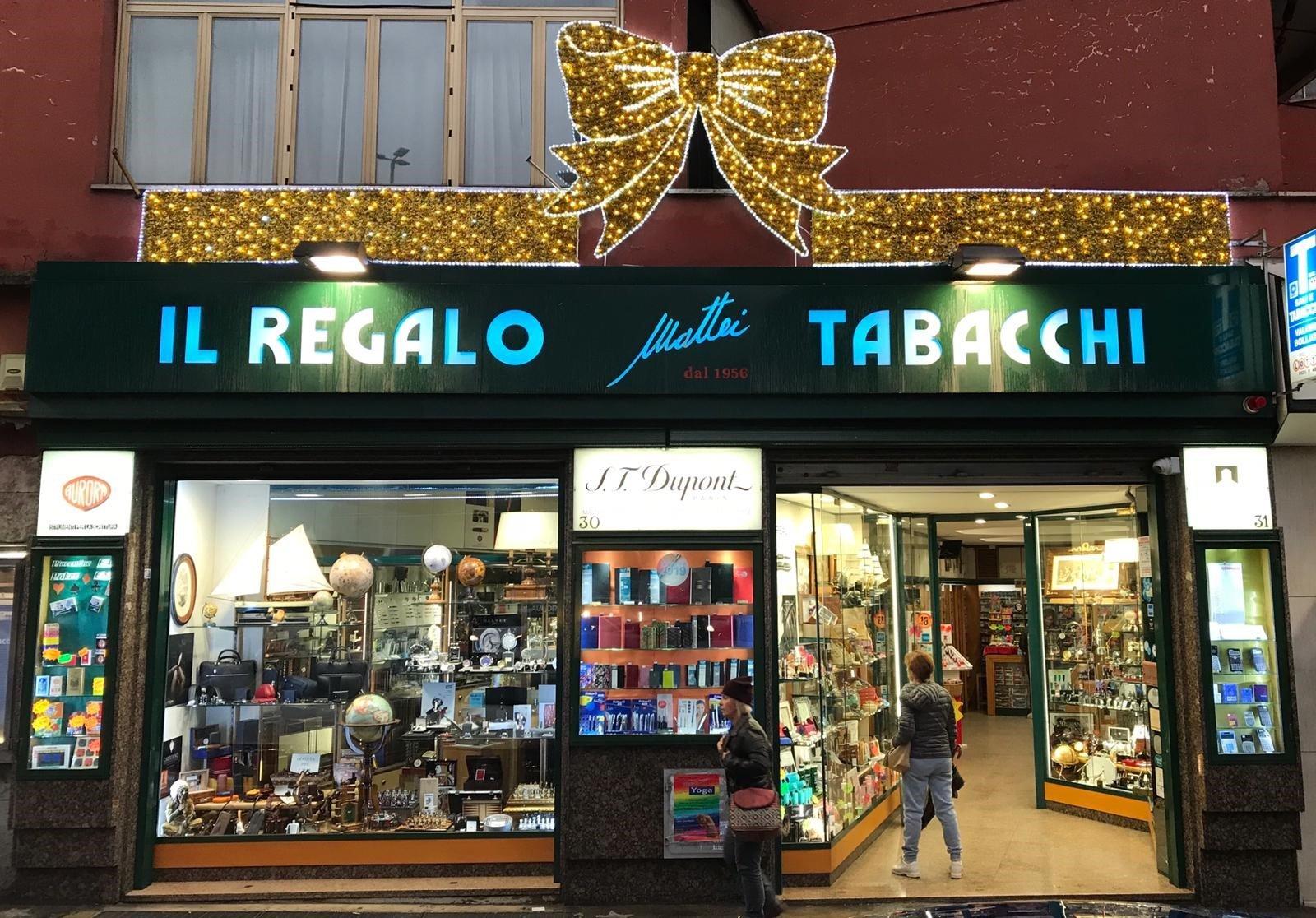 Articoli regalo e oggetti da collezione roma il regalo for Oggetti da regalo