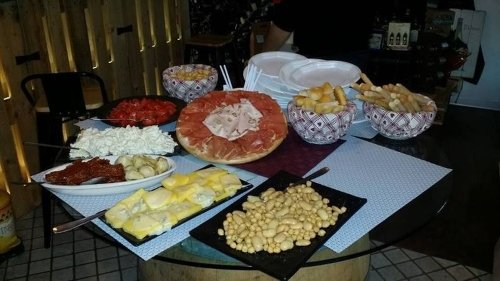 Pess Wine Bar - Aperitivi Alba