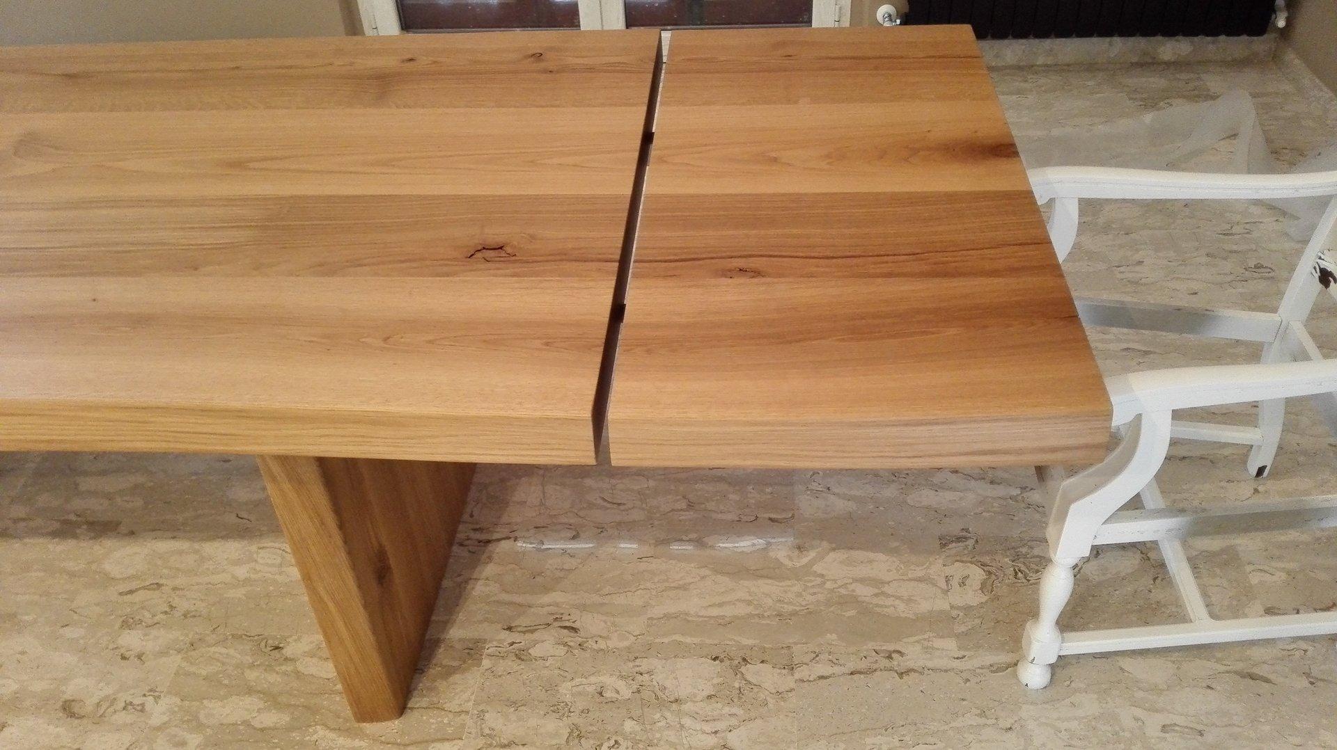 estensione di un tavolo in legno