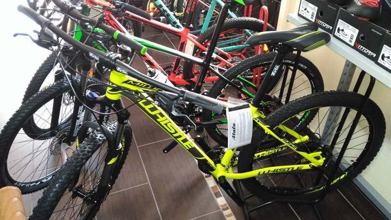 mountain bike in esposizione