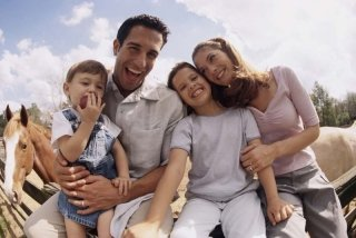 Corsi di equitazione per adulti e bambini
