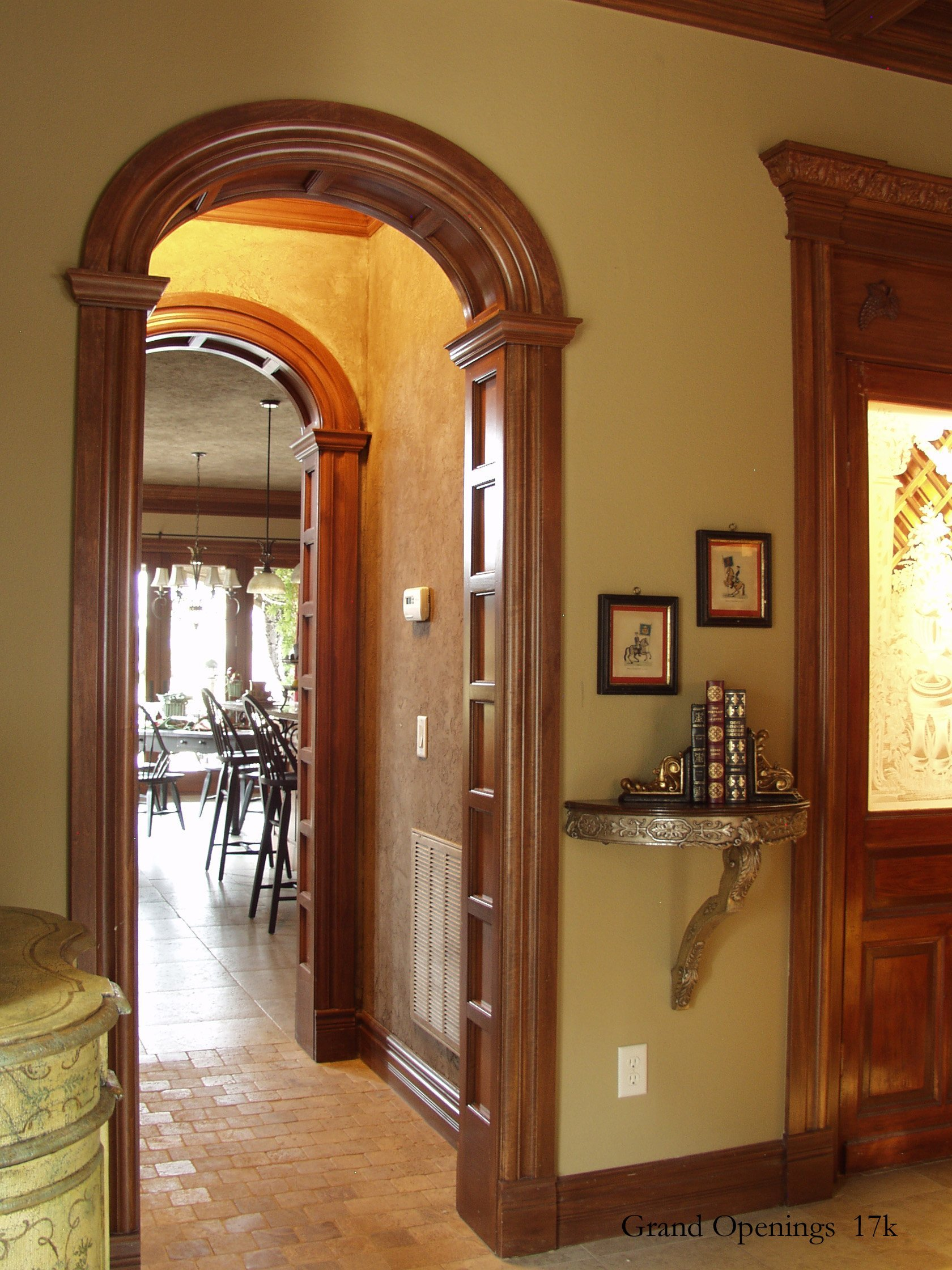 Elegant arches rounded archway mouldings in rogers arkansas for Prefab interior arches