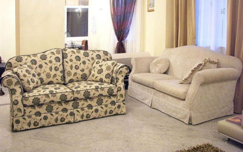 Rivestimento artigianale divani