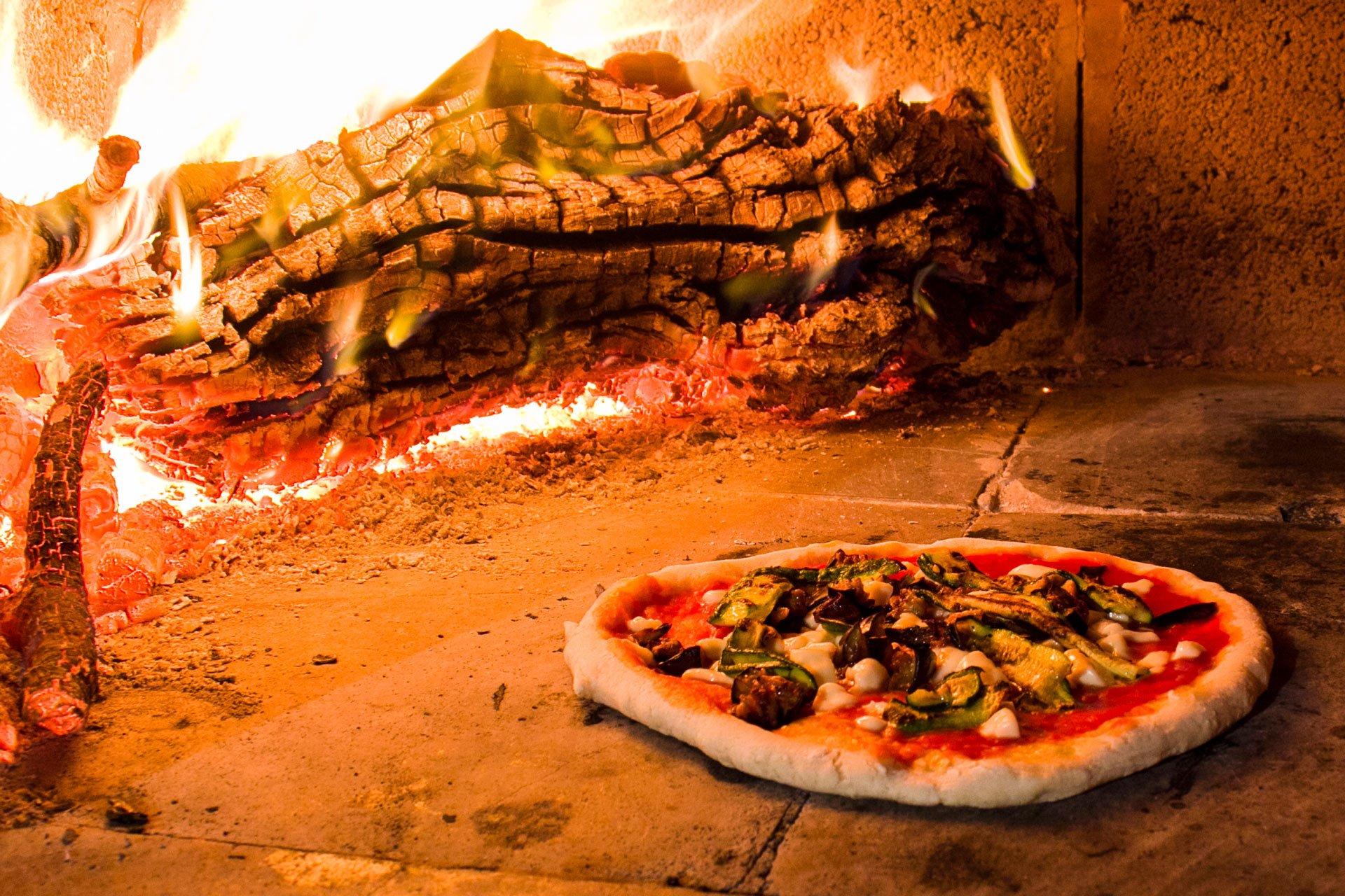 Pizza ortolana in forno