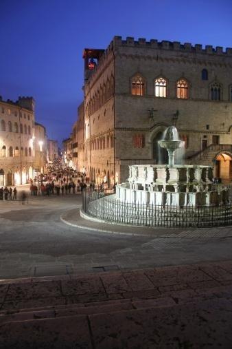 Perugia - La piazza del Duomo
