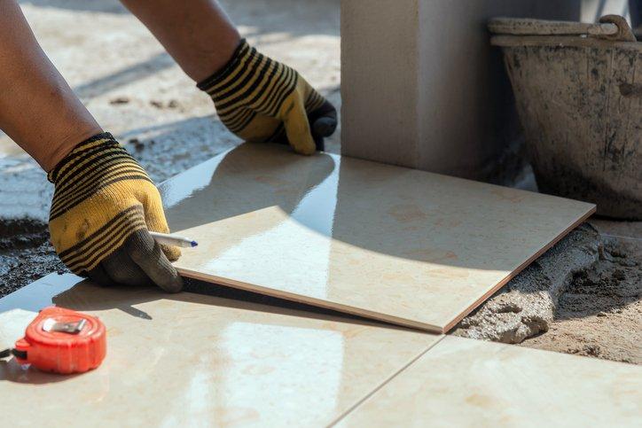 5 Benefits Of Having A Ceramic Tile Backsplash