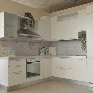 Cucina colore bianco