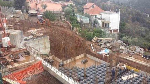 costruzione fondamenta edificio