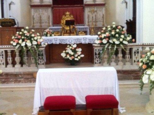 composizioni floreali per chiese