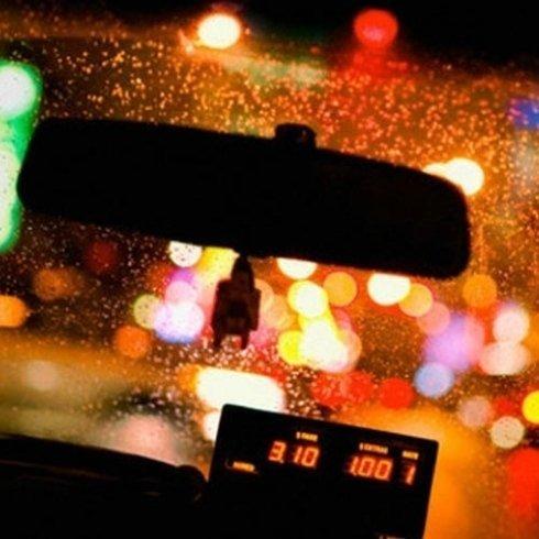 taxi di notte