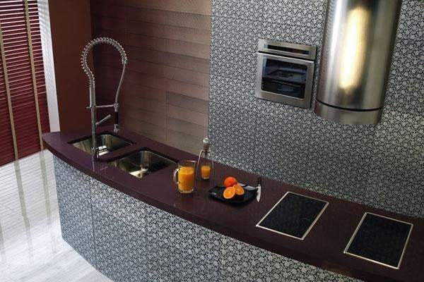 vista dall`alto di una cucina moderna con forno