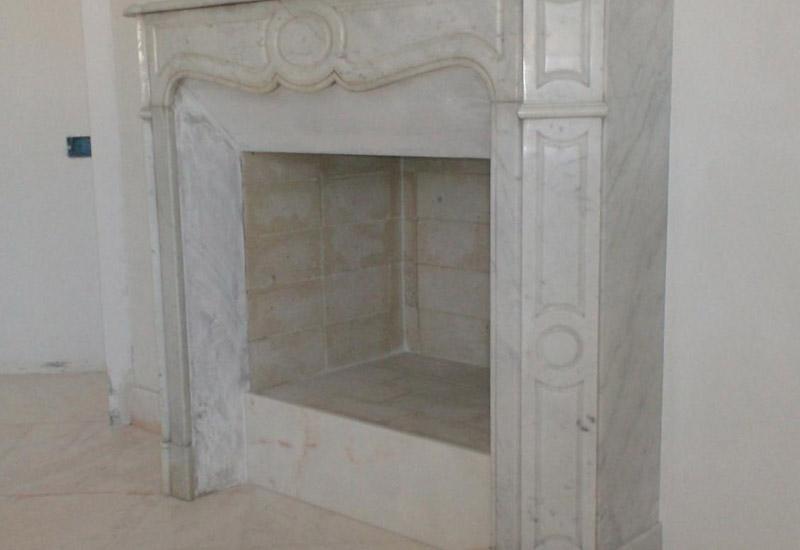 Camino In Marmo Bianco : Camino in marmo bianco di carrara f