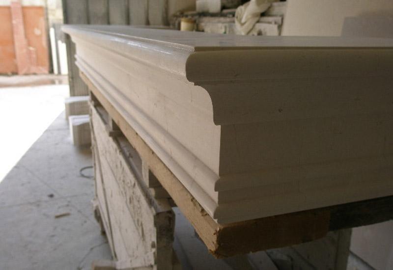 angolo di una superficie in marmo