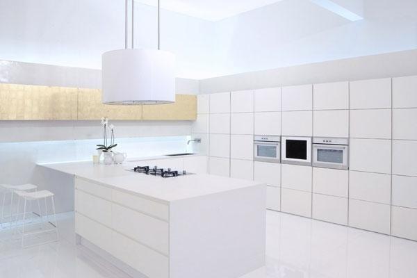 cucina di colore bianco