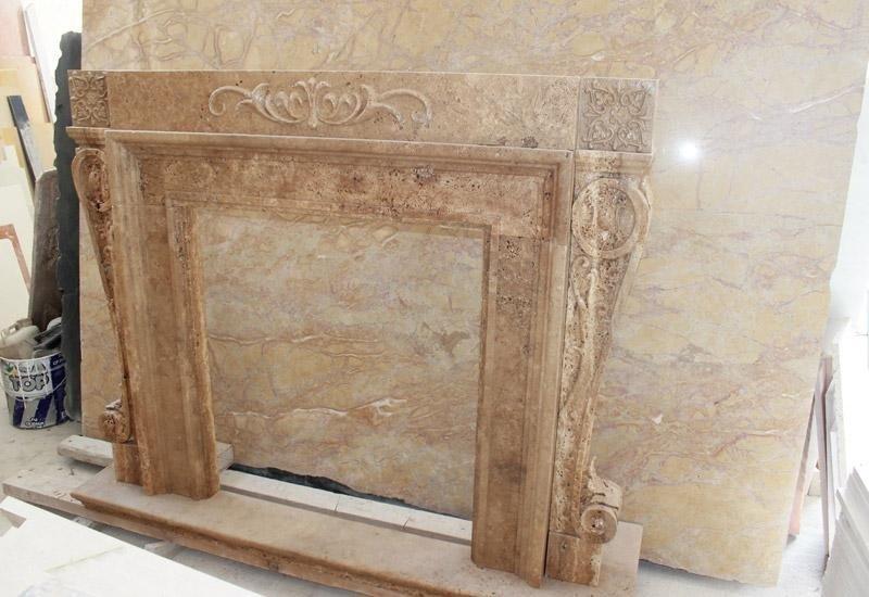 Camino in marmo barocco