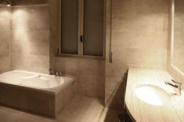 finestra di un bagno