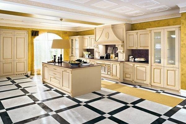 cucina con isola e pavimento bianco e righe blu