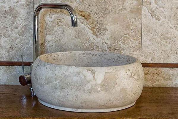 lavabo da ristrutturare