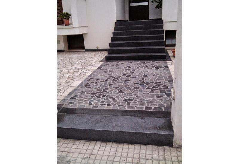 scale in marmo e pietra