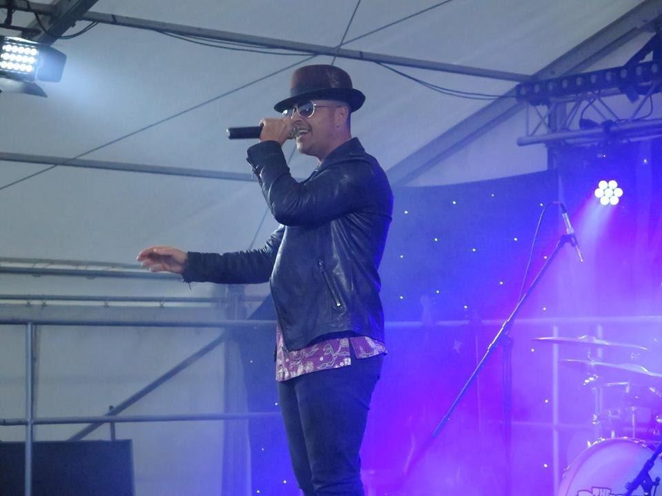 Bruno Mars singing
