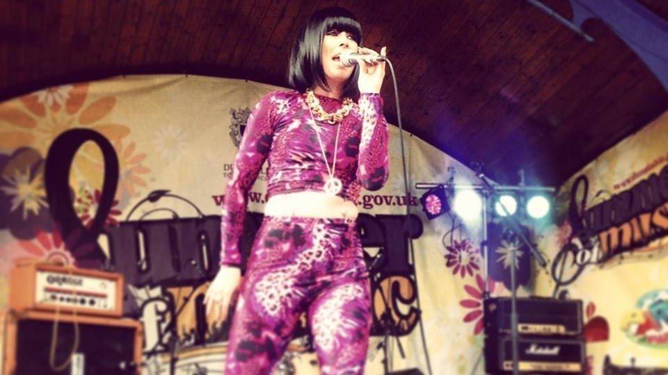 Jessie singing