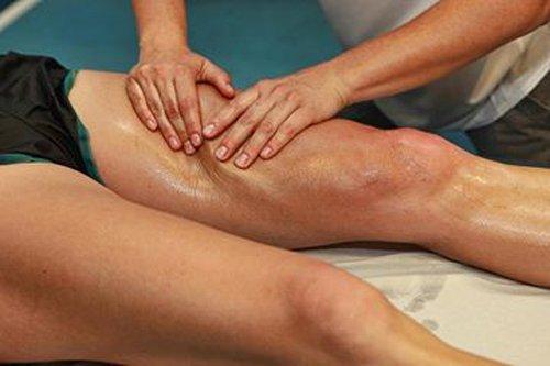 massaggio alla coscia