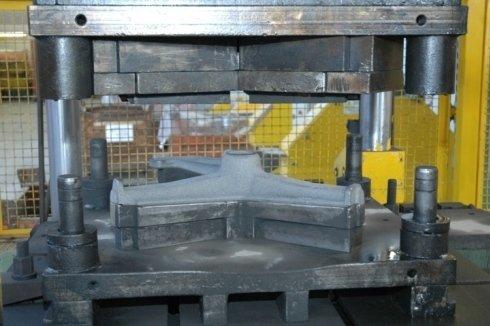 Sbavatura metalli, granigliatura, oliatura
