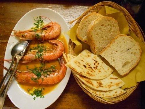 Gamberoni, pane e piada