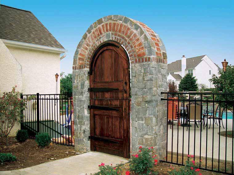 Natural Stone Cincinnati Oh Western Hills Builder S Supply