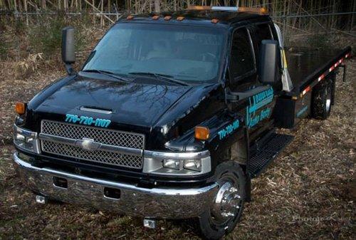 Trustworthy auto repair company's car in Canton, GA