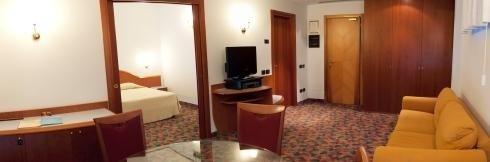 hotel con parcheggio bologna