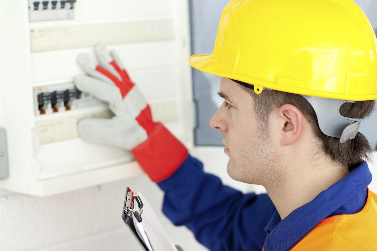 A master electrician working in La Crosse, WI