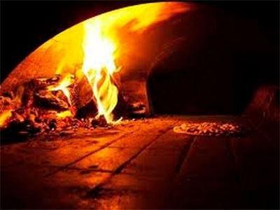 Wood oven - Pizzeria LA STALLA