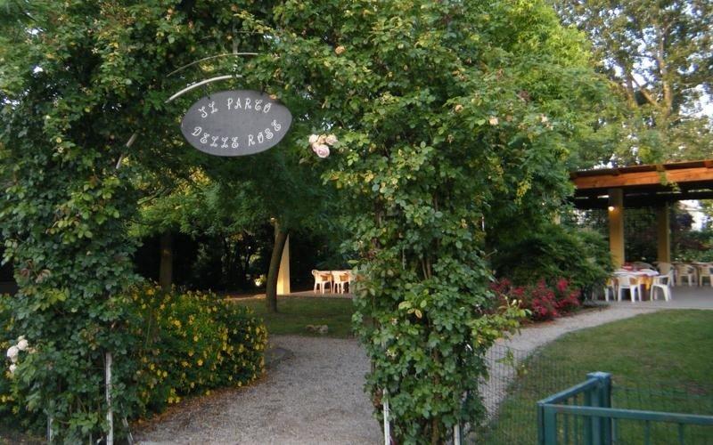 Park entrance - Restaurant pizzeria LA STALLA