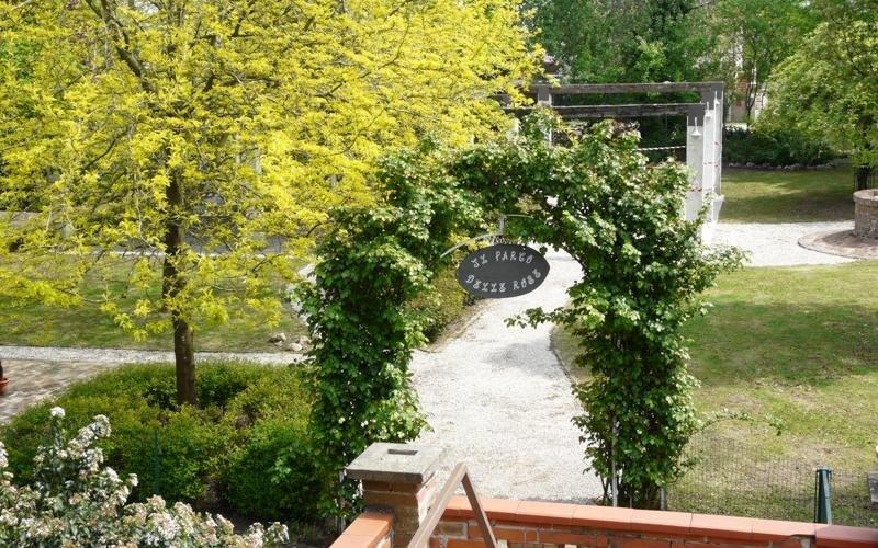 Vista viale Parco delle Rose - LA STALLA